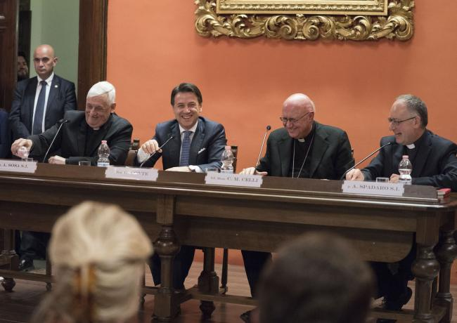 """Il Presidente Conte alla presentazione del libro """"La Chiesa in Cina. Un futuro da scrivere"""""""