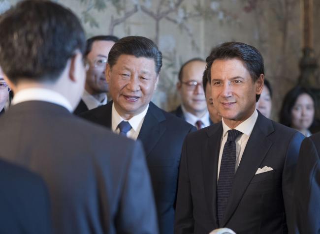 Il Presidente Conte con il Presidente Xi Jinping a Villa Madama