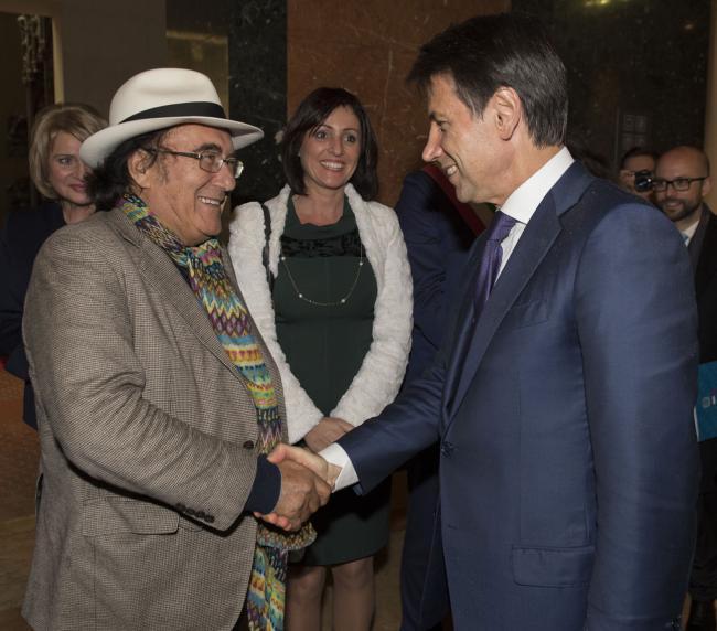 Il Presidente Conte con Albano Carrisi
