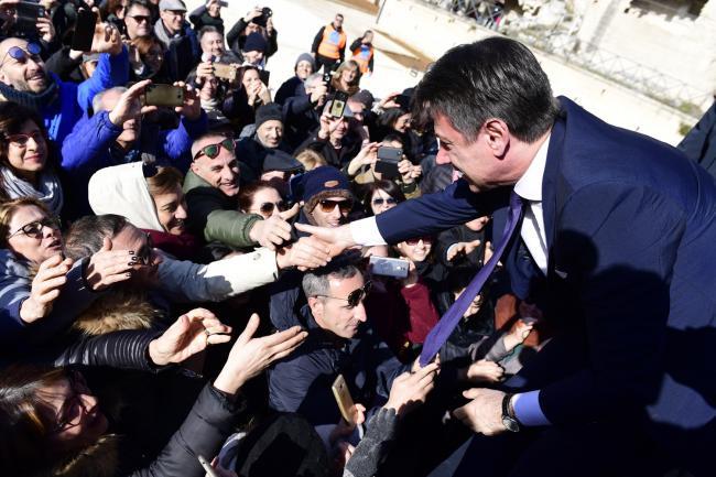 Il Presidente Conte al suo arrivo a Matera