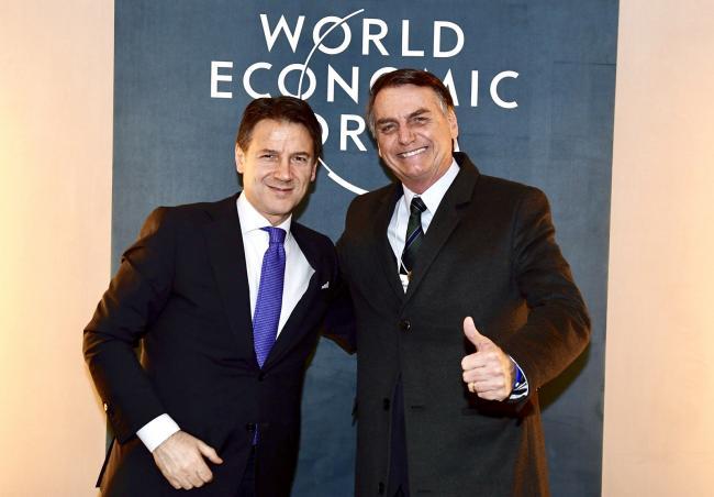 Il Presidente Conte con il Presidente Bolsonaro a Davos