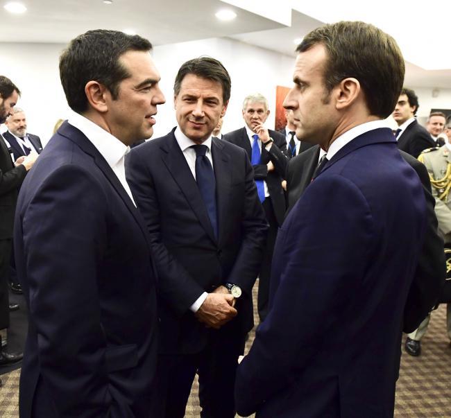 Il Presidente Conte con il Primo Ministro Tsipras ed il Presidente Macron