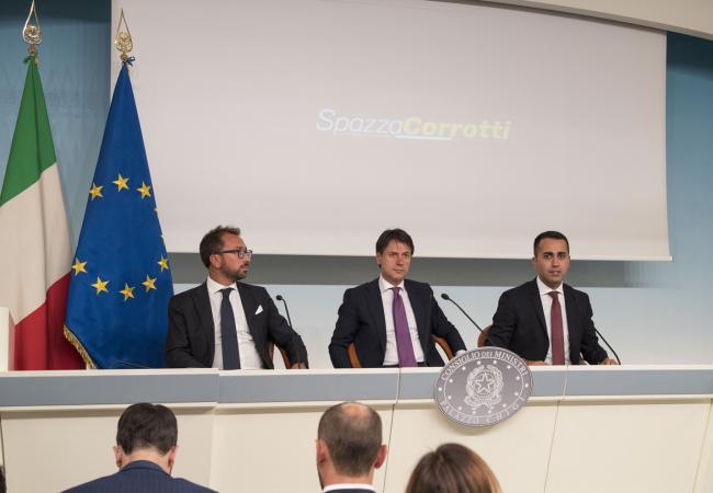 Ddl #SpazzaCorrotti, il Presidente Conte e i Ministri Di Maio e Bonafede in conferenza stampa