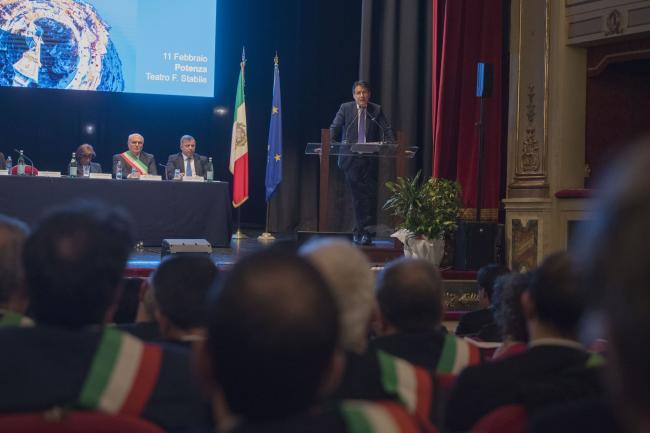 Il Presidente Conte al Teatro Francesco Stabile