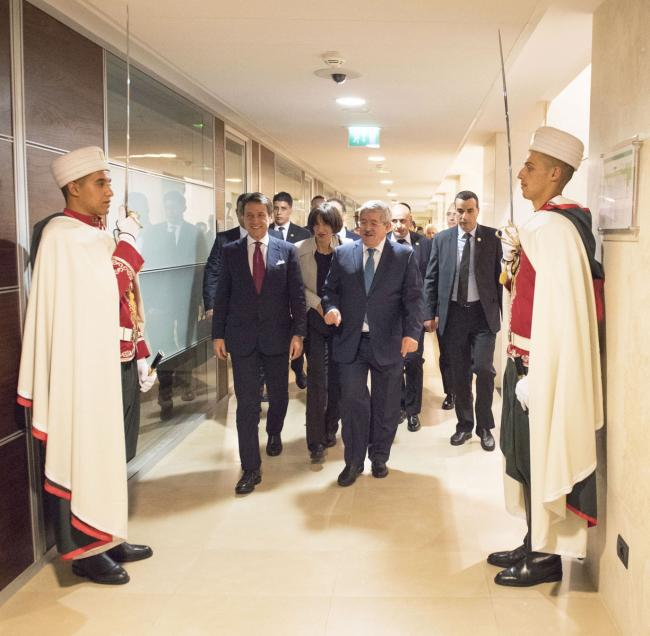 Il Presidente Conte con il Primo Ministro algerino Ouyahia