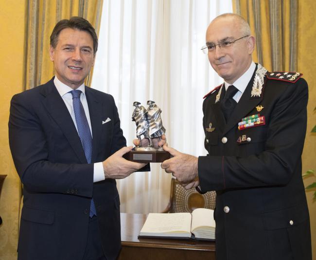 Il Presidente Conte alla Scuola Ufficiali dei Carabinieri