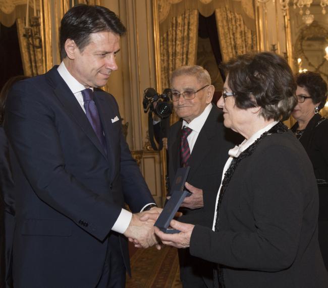 Quirinale, il Presidente Conte consegna le medaglie commemorative del Giorno del Ricordo