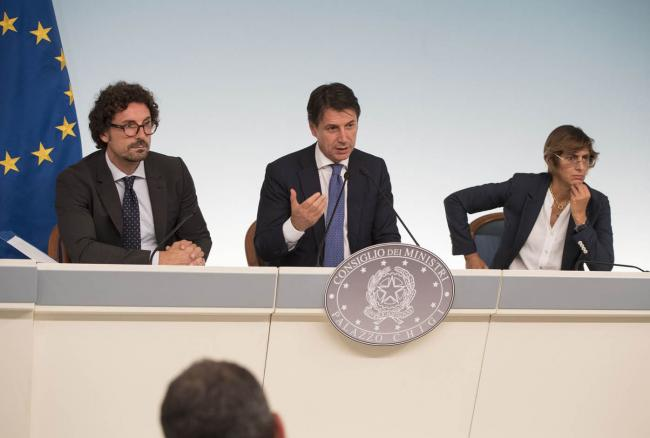 Conferenza stampa al termine del Consiglio dei Ministri n.19
