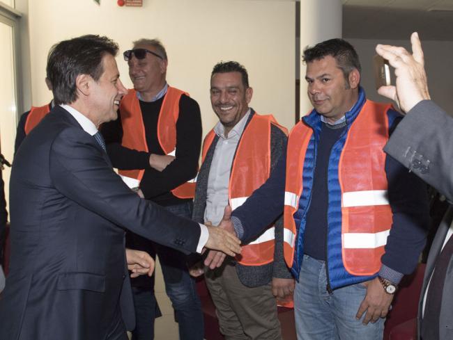 Il Presidente Conte incontra gli ulivicoltori danneggiati dalla xylella
