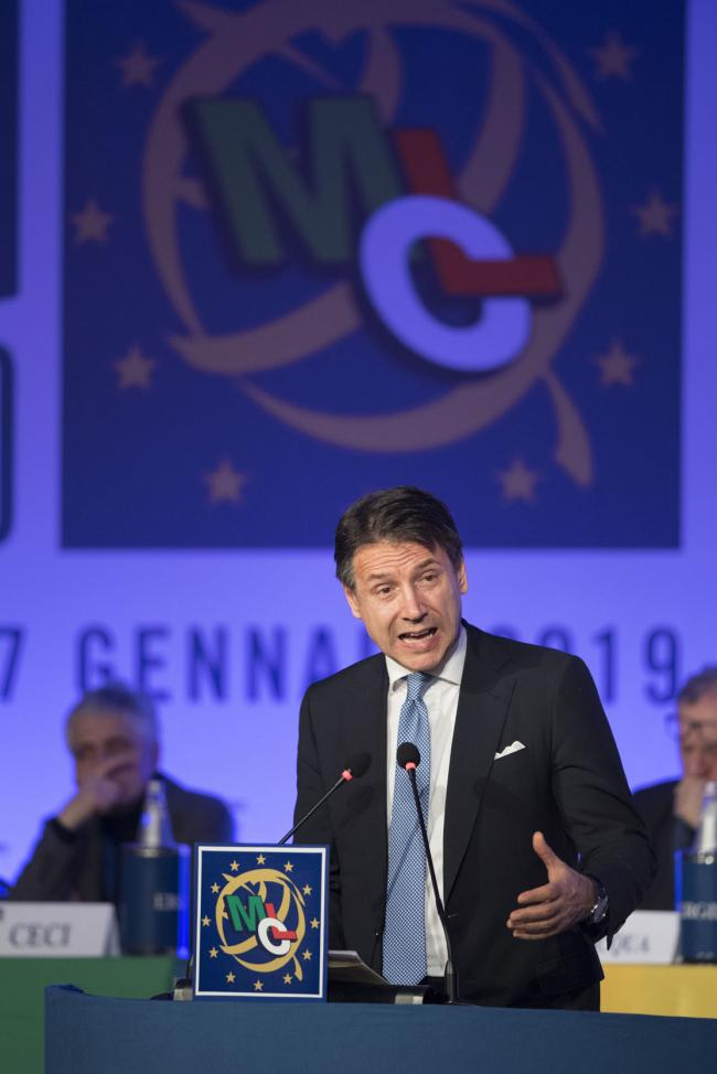 Il Presidente Conteal Congresso nazionale del Movimento Cristiano Lavoratori