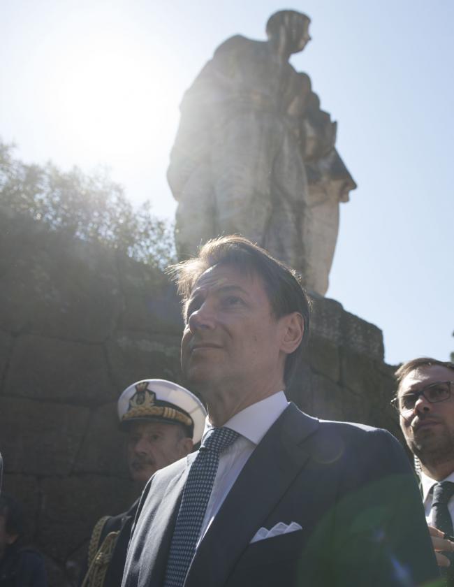 Il Presidente Conte al Mausoleo delle Fosse Ardeatine