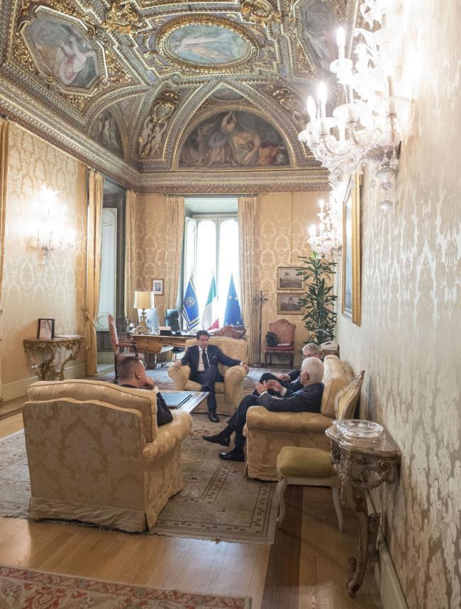 Il Presidente Conte con Giordano e Belpietro durante l'intervista