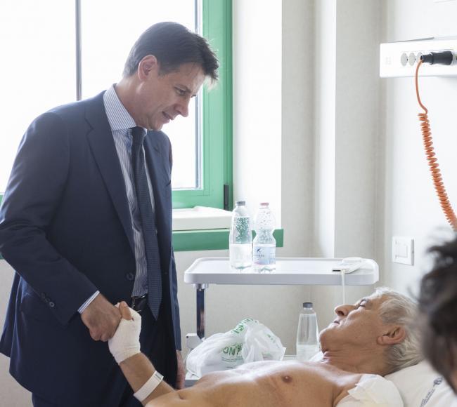 Il Presidente Conte all'Ospedale Maggiore di Bologna