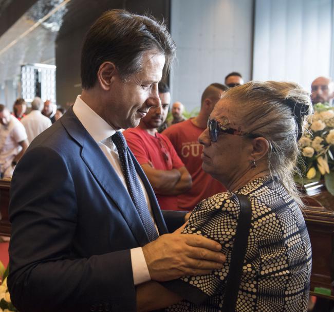 Il Presidente Conte alle esequie solenni delle vittime del crollo del Ponte Morandi