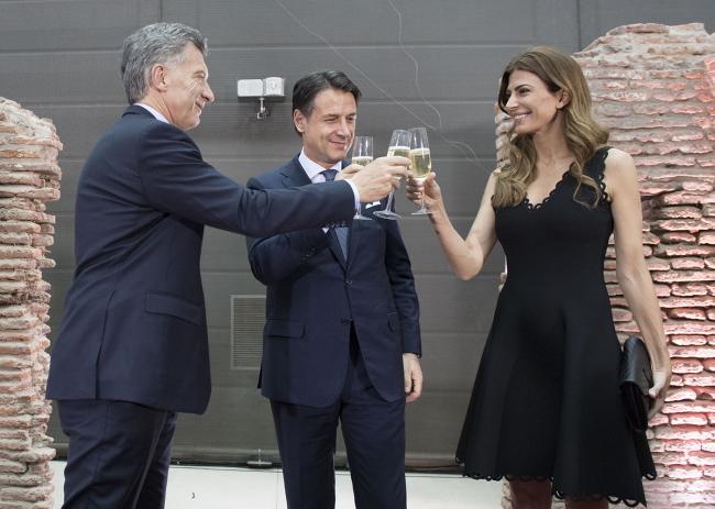 Incontro del Presidente Conte con il Presidente argentino Macri e Juliana Awada