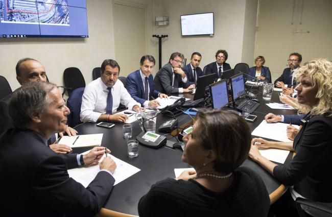 La riunione del Consiglio dei Ministri presso la Prefettura di Genova