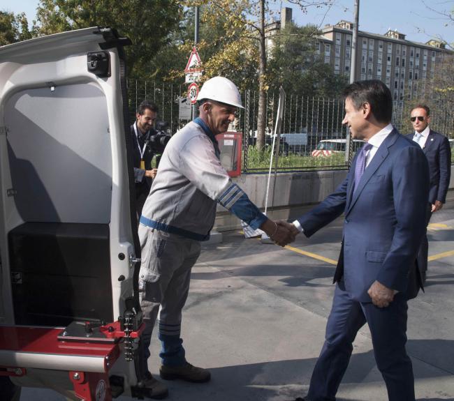 "Il Presidente Conte visita la ""Digital Factory"" di Italgas"