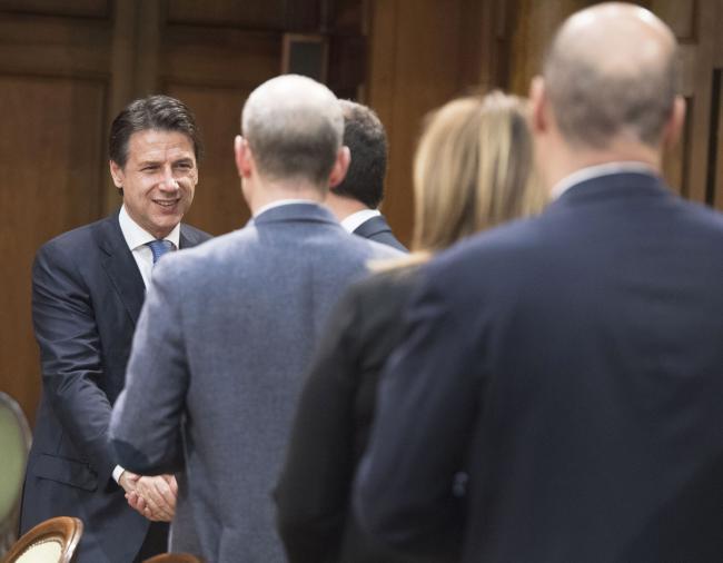Il Sottosegretario Crimi all'incontro con i Presidenti delle Regioni colpite dal terremoto del Centro Italia