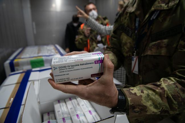 L'arrivo di oltre 1,3 milioni di vaccini AstraZeneca