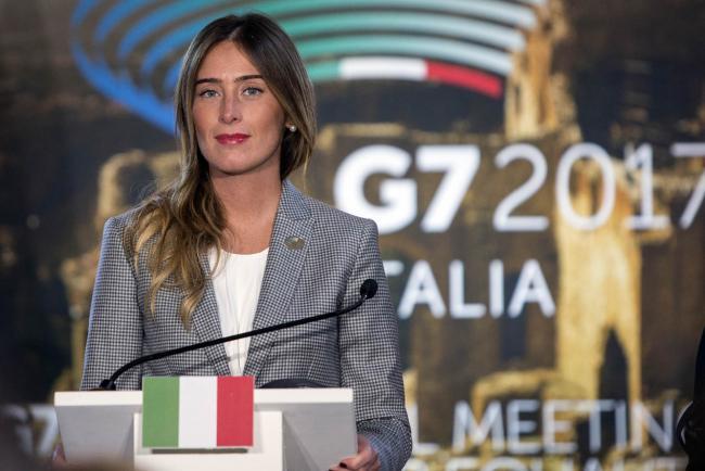 La Sottosegretaria Boschi durante la conferenza stampa del G7 sulle Pari Opportunità