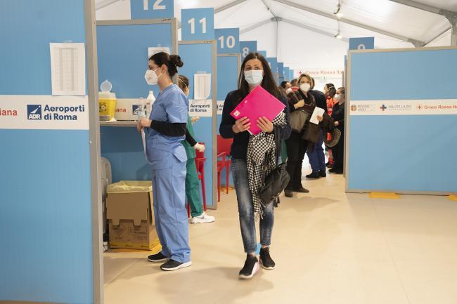 Il centro vaccinale anti Covid di Fiumicino