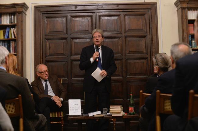 """Gentiloni alla presentazione del libro """"Storia mondiale dell'Italia"""""""