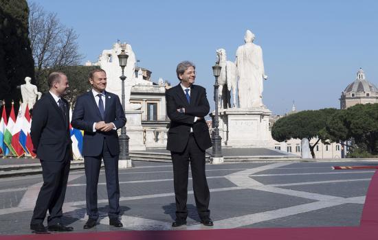 Paolo Gentiloni, Joseph Muscat e Donald Tusk in Piazza del Campidoglio
