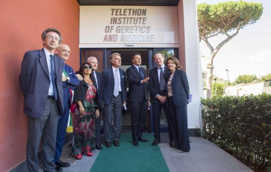 Visita Renzi all'Istituto Telethon