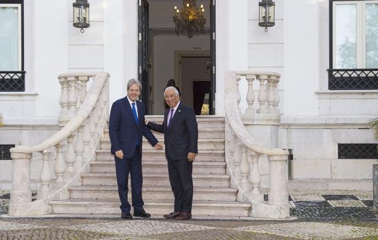 Gentiloni con il Primo Ministro portoghese Antonio Costa