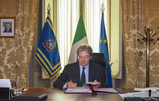 Gentiloni firma il Dpcm su Ape volontaria