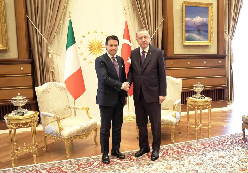 Il Presidente Conte nelle zone terremotate del Centro Italia - m5stelle.com - notizie m5s
