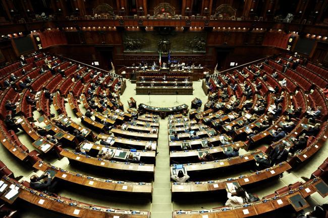 Conte alla Camera per le Comunicazioni in vista del Consiglio europeo