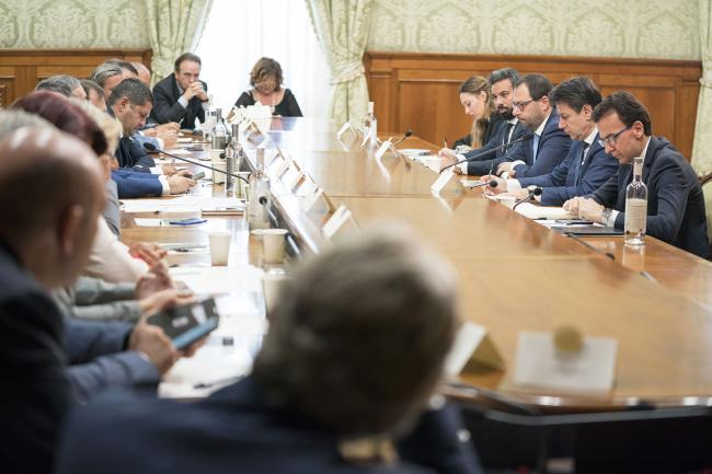 Conte incontra i sindacati a Palazzo Chigi