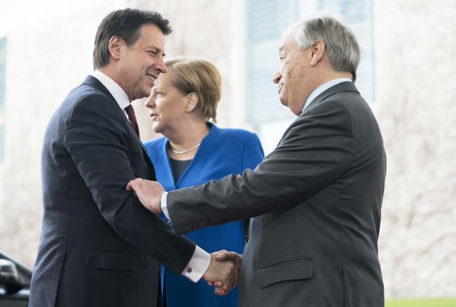 Berlino, il Presidente Conte è accolto dalla Cancelliera Merkel e dal Segretario generale Onu Guterres