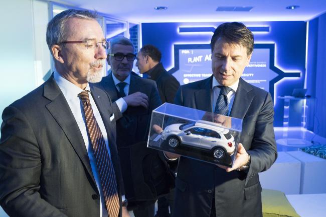 Il Presidente Conte visita lo stabilimento FCA