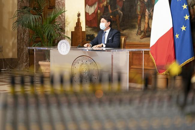 Coronavirus, conferenza stampa del Presidente Conte