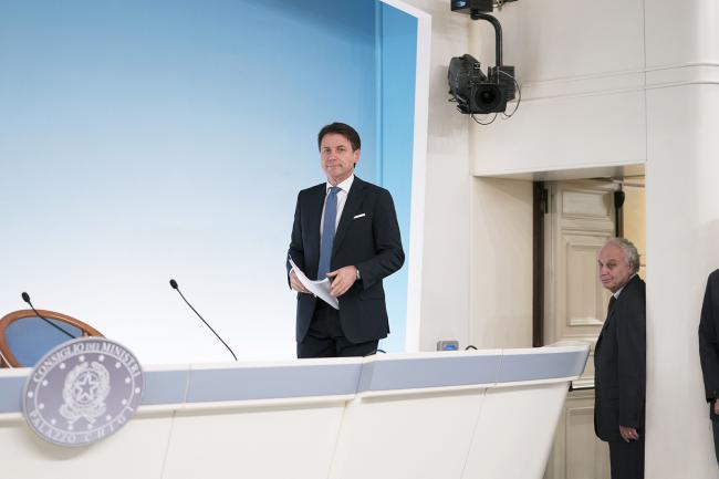 Il Presidente Conte in conferenza stampa al termine del Consiglio dei Ministri