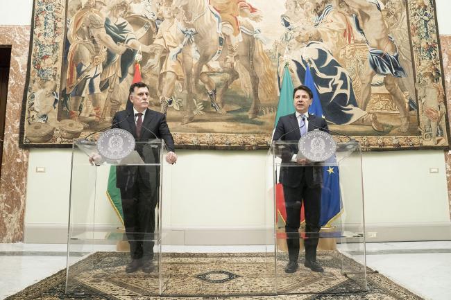 Il Presidente Conte e il Presidente Fayez al Serraj durante le dichiarazioni alla stampa