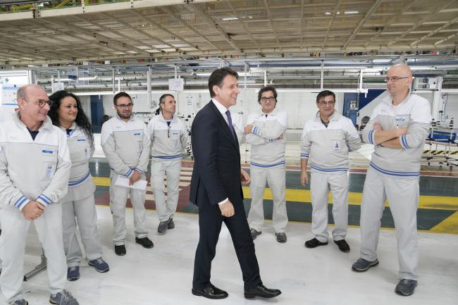 Conte visita lo stabilimento Fiat Chrysler di Mirafiori