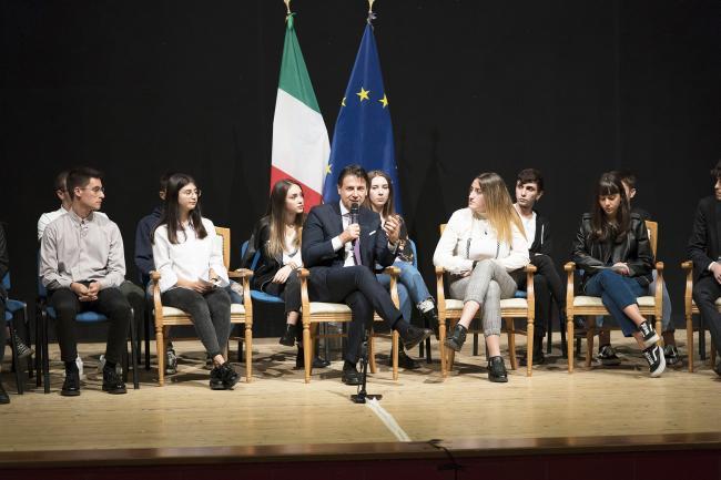 Il Presidente Conte incontra a Isernia con gli studenti della Provincia