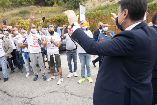 Il Presidente Conte incontra i lavoratori della Betafence Italia
