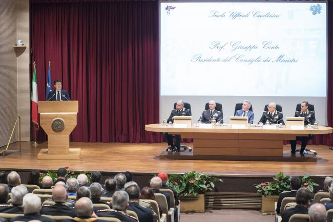 Il Presidente Conte interviene all'inaugurazione dell'A.A. della Scuola Ufficiali Carabinieri.