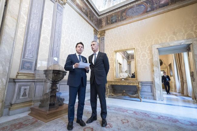 Conte riceve Stoltenberg
