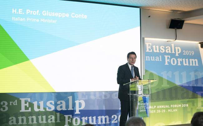 Il Presidente Conte al Forum annuale della Strategia UE per la Macroregione Alpina