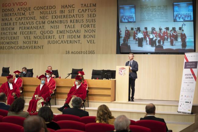 Il Ministro Manfredi interviene alIII Forum Internazionale del Gran Sasso