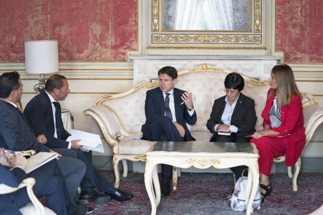 Conte con una delegazione dei sindacati CGIL, CISL e UIL della Sardegna