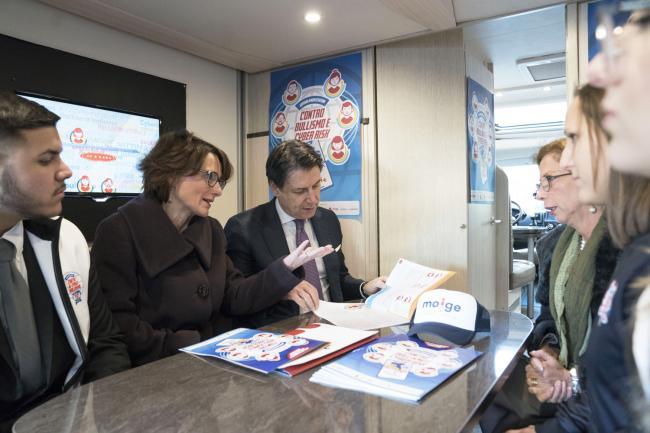 Cyberbullismo, il Presidente Conte alla presentazione della campagna MOIGE
