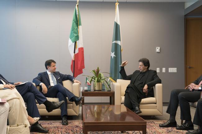 Conte incontra Imran Khan