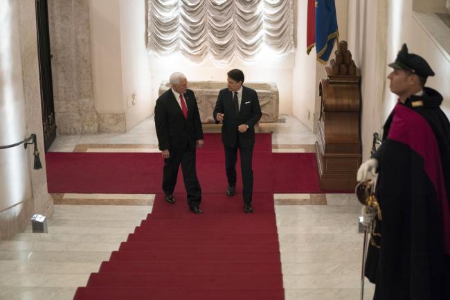 Conte incontra il Vice Presidente USA Pence