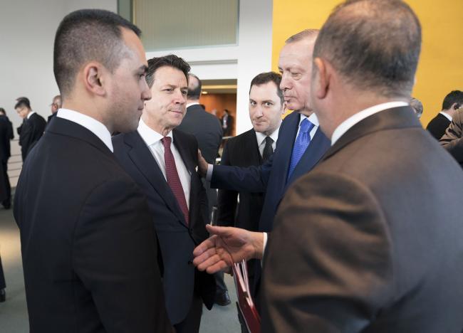 Il Presidente Conte e il Ministro Di Maio con il Presidente della Repubblica di Turchia Erdoğan alla Conferenza di Berlino sulla Libia